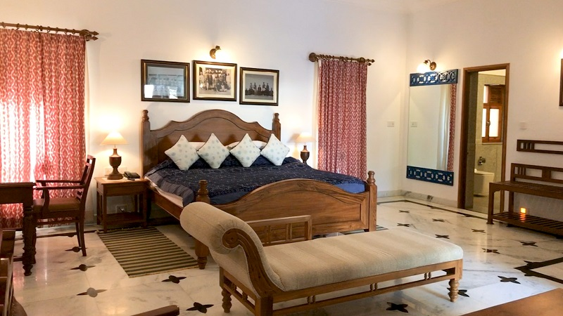 Ratan Vilas Jodhpur Rajasthan hotel photo of heritage suite with antique furniture
