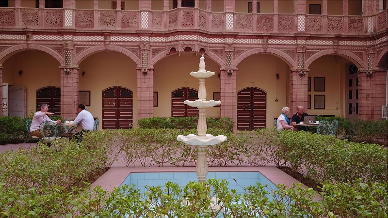 Rajasthan Haveli Bhanwar Niwas Bikaner photo of central courtyard